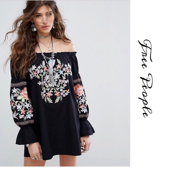 9b65f72024f97 Free People Dresses   Skirts - FREE PEOPLE FLEUR DU JOUR SHIFT MINI DRESS